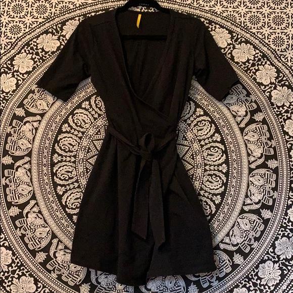 """🖤 Lolë """"rare"""" wrap little black dress 🖤"""